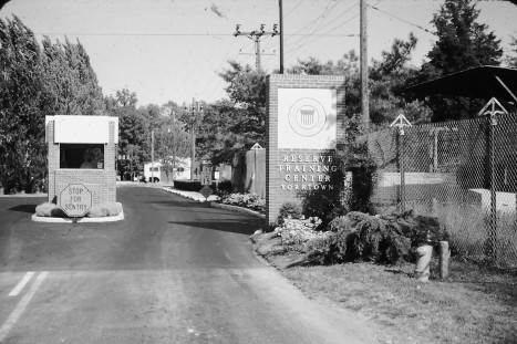 yorktown-main-gate-bw
